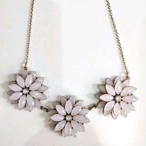 H&M Flower necklace