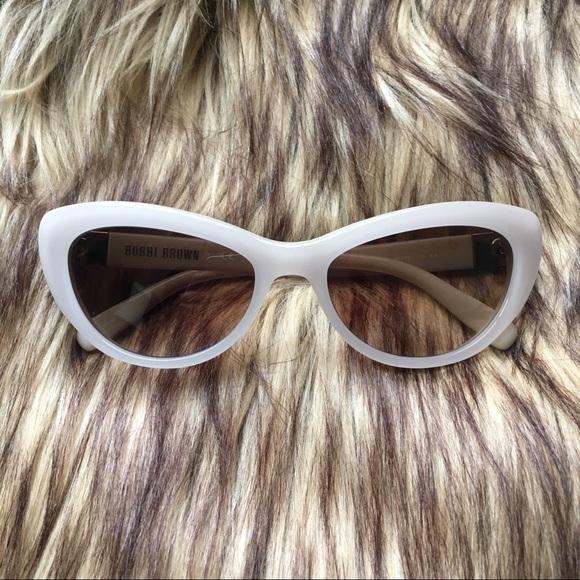 1e643ed0633 Bobbi Brown Accessories - Bobbi Brown The Kennedy Cat Eye Sunglasses