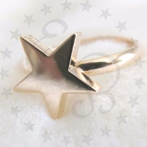 T&J Designs 18k Gold Plated Star Midi Ring