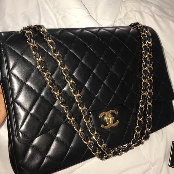 7de159567f9d06 CHANEL Handbags - Large Classic Chanel Handbag
