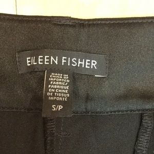 LIKE NEW Eileen Fisher crop pant