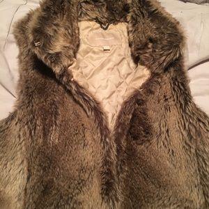 SALE 🔥-Banana republic fur vest