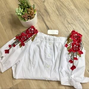 Tops - White Red Embroidered Off Shoulder Button Blouse L