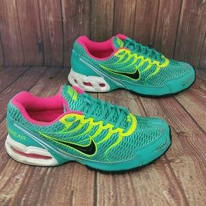 7cfa9f0e145f Nike Shoes - NIKE Air Max Torch 4 Hyper Yade Pink Bolt Wo s 7.5
