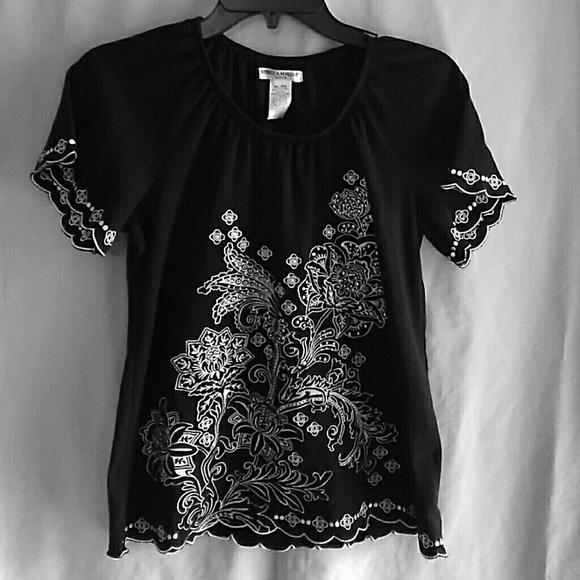 6adf40d7de8 Rebecca Malone black embroidery blouse. M 5a08b0edbcd4a7671512cb02