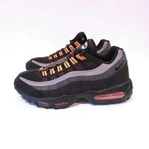Air Max Mens 10.5 black halloween sneakers