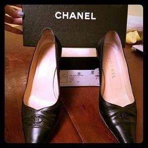 Chanel pump