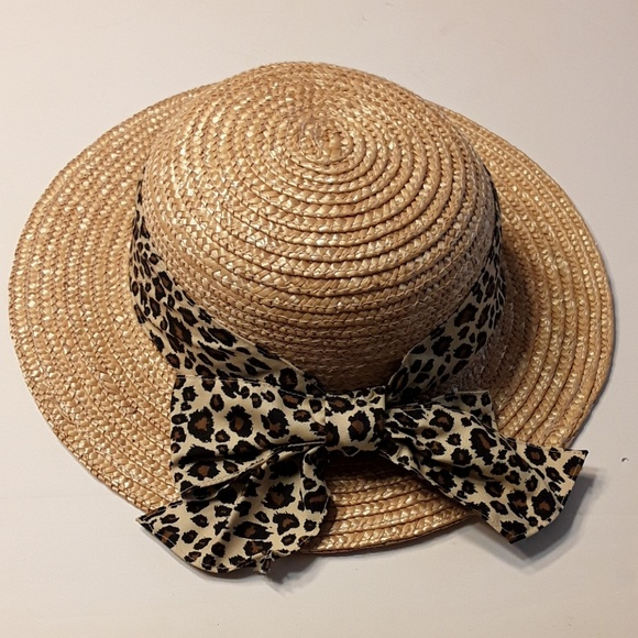 6276c2708fd36 ... Animal Kingdom Safari Hat. M 5a08b7d2b4188ed30b12d137