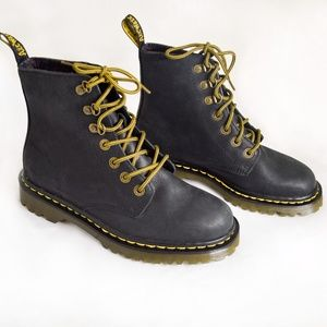 NEW Dr. Marten Luana Black Leather Lace Up Boots