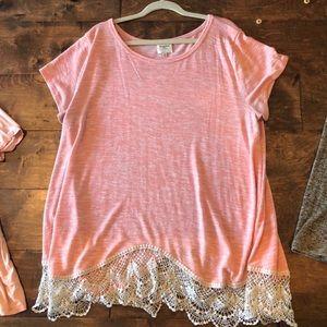 Hayden boutique 2x coral tunic