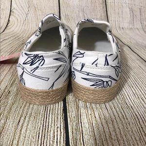 8c6e0136bb Vans Shoes - VANS Asher bamboo slide size 8.5