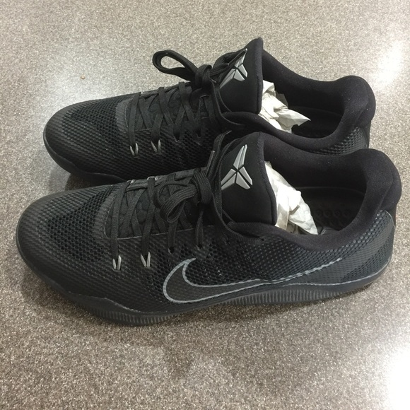 58c271d196f7 Kobe Bryant XI 11 Nike Black Mamba Black 9 10. M 5a08c568522b454b60132270