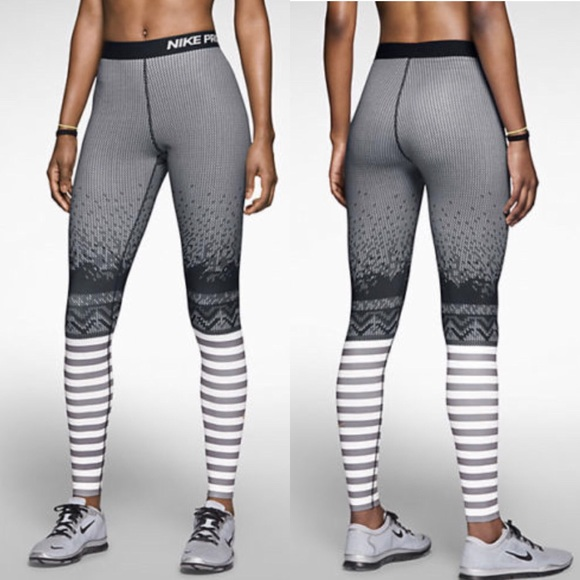 444576ca198e5 Nike Pro Hyperwarm Engineered Print Tights. M_5a08c8eb4e95a3ff45136c52