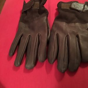 Other - Men's Leather Gloves in great condition.