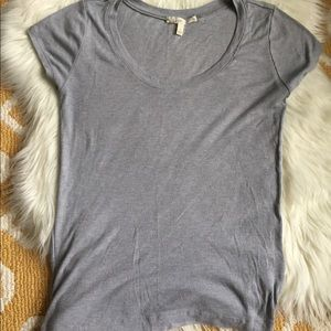 gray soft joie tshirt size M