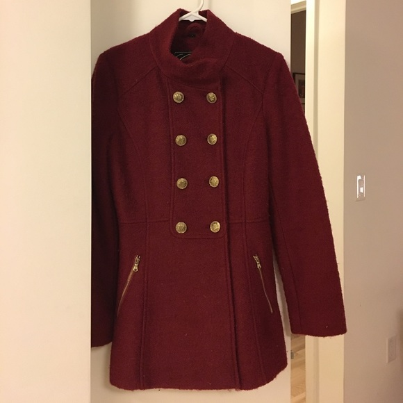 Guess maroon wool winter pea coat wgold buttons
