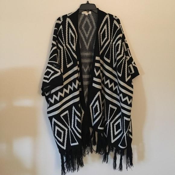 9bf5b854b4f04 la vie 89 Sweaters   Oversized Tribal Poncho   Poshmark