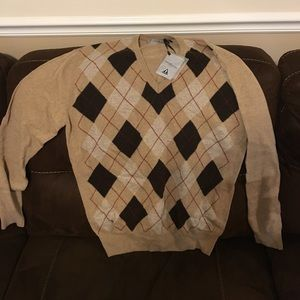 Other - Tan Argyle Sweater- Size XXL fits more to an XL