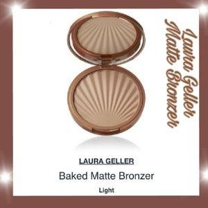 Laura Geller Baked Matte ImPRESSions Bronzer