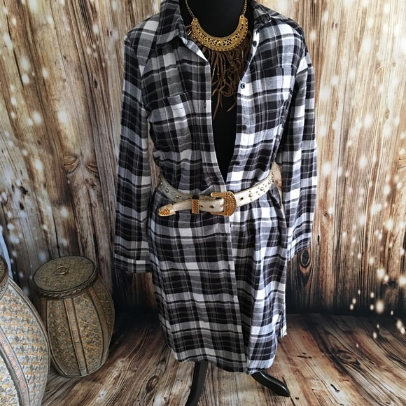 Joe Boxer Tops - 🌷Super versatile Flannel dress-duster-shirt