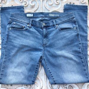 Gap Girlfriend Jeans 30R