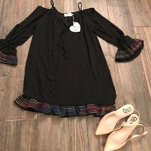 NWT - Belle sleeve tunic