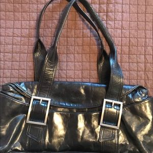 Kenneth Cole Chic Leather Bag