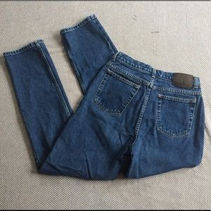 90's mom jeans