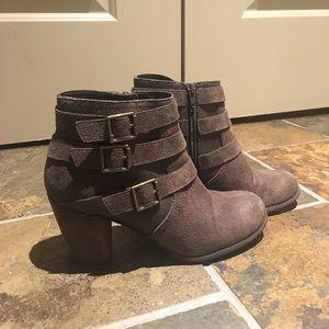 Shoes - Dark taupe/grayish booties