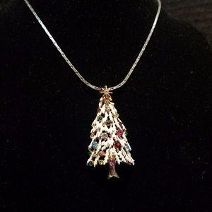 Jewelry - Vintage gold tone white enamled christmas tree
