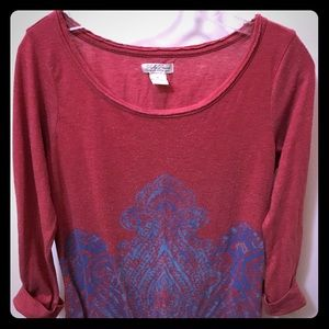 Lucky Brand Red 3/4 Sleeve Top w/Blue Pattern. 6