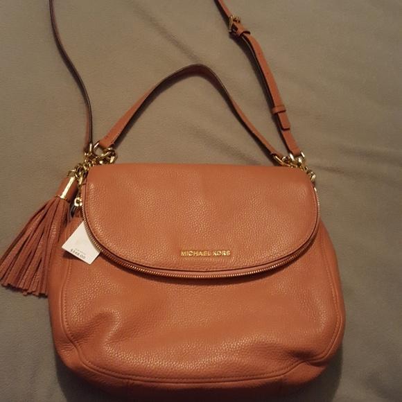 89499d7b39d4 Michael Kors Bags | Nwt Large Bedford Acorn Leather Tassel Crossbody ...