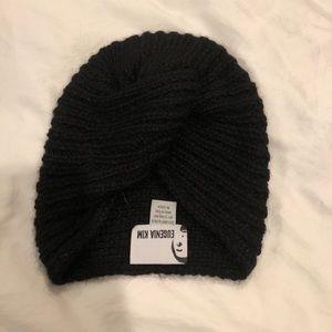 Black Knit Hat!!