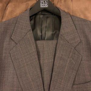 Louis Roth Grey w/ Red Glenn Plaid Suit 44R