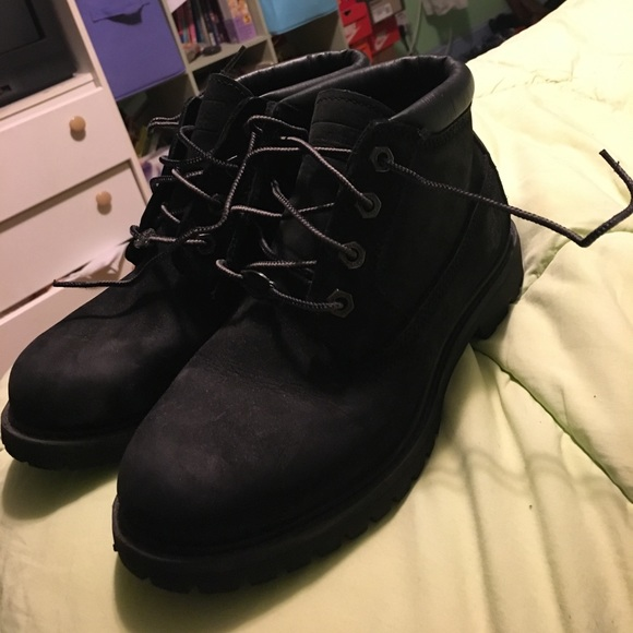 Timberland Shoes | Black Low Top Tims