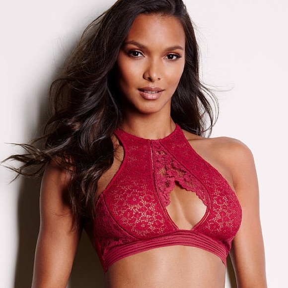 f035946ad2 Victoria s Secret SEXY Keyhole High-neck Bralette. NWT
