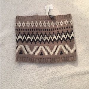 NWT beautiful infinity scarf