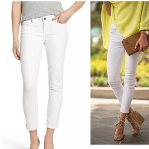 NWT! PAIGE Kylie Crop with Cuff White Jeans.