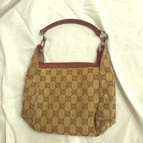 Original Gucci small bag. M 5a0904bc36d5943bb4147192 215f3e428a3c5