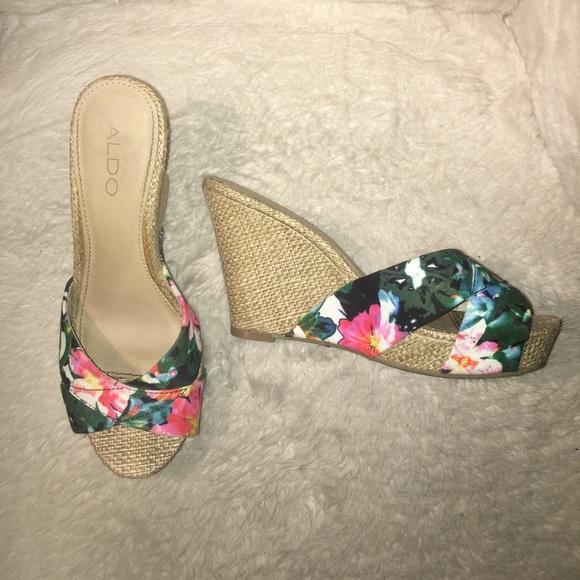18dce0fcf744 Aldo Shoes - Floral wedge sandals