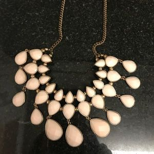 H&M white necklace