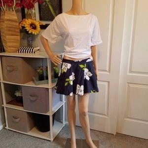 Skater skirt w/floral print