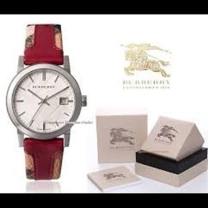 Accessories - Burberry leather watch