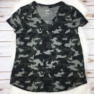 Camo V-neck Tshirt