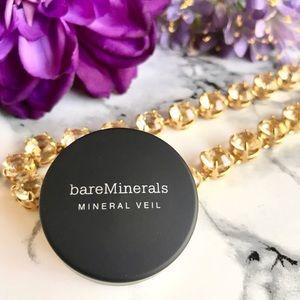 BareMinerals Foundation Primer + Mineral veil