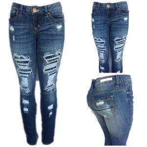 Womens dark acid wash distressed skinny jeans Nwt
