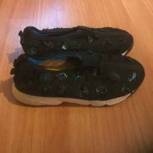 Fusion Sneakers 37