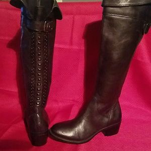 NWOT Authentic Vince Camuto Bollo studded boot