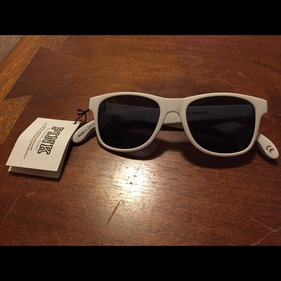 c21e41a316 Victoria secret bottle opener sunglasses