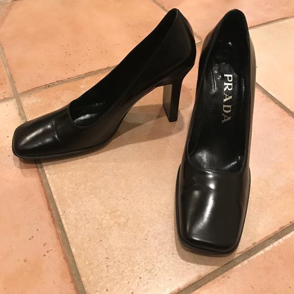 269ad09e8f3f Vintage Prada square toe leather heels authentic. M 5a0921656d64bcfbd215732c